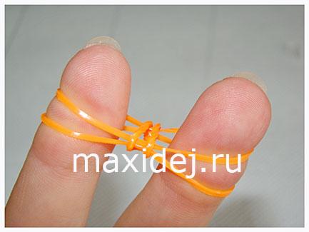 как пласти браслет из резинок