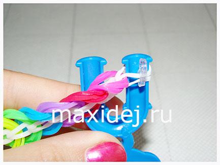 надевание застежки на браслет