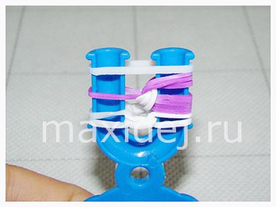 изготовление на рогатке ярких браслетов