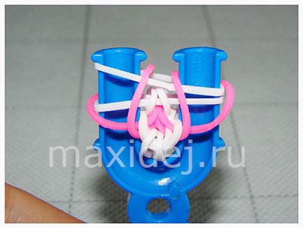 braslet-iz-rezinok-strela-lyubvi-na-rogatke12